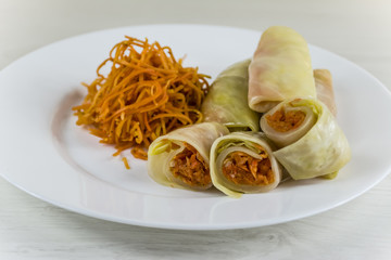 cabbage leaves with spicy carrot