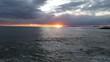 canvas print picture - Wolkiger Sonnenuntergang über dem Meer