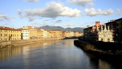 Veduta dei Lungarni, Fiume Arno, Pisa