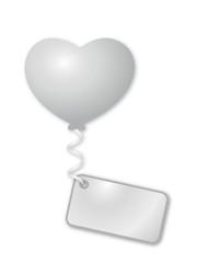 weißer Herzballon mit Botschaft