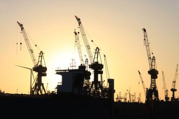 Ladekran im internationalen Güterverkehr