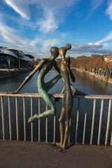 sculpture on the bridge Baratashvili