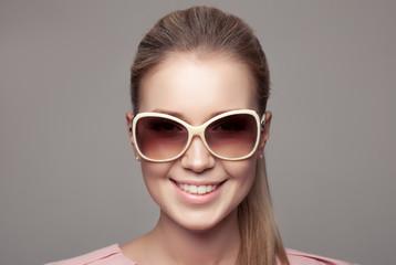 Fashion Woman With Sunglasses.