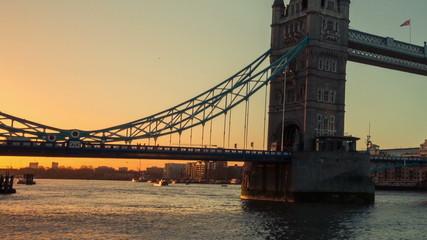 Timelapse of Tower Hill Bridge in London