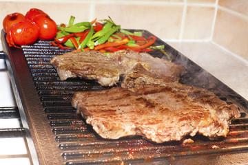 ızgara et pişirmek
