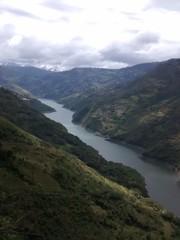 Río hermoso