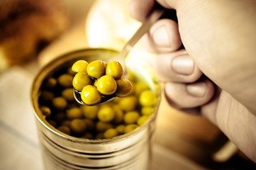Canned peas