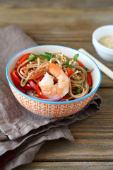 noodles with shrimp and pepper