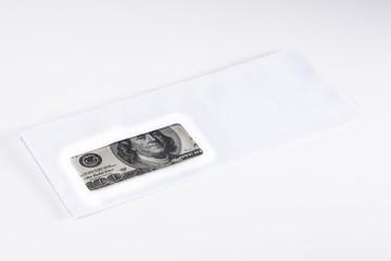 zarfta 100 dolar