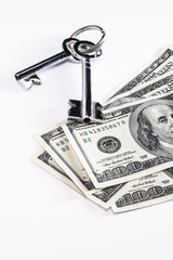 kasa anahtarı ve dolar