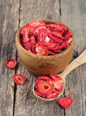Dehydrated sliced strawberries