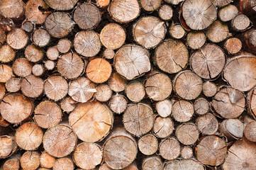 Stapel aus Fichtenholz