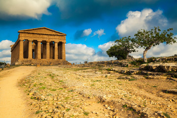 well-preserved Greek ruins of Concordia Temple
