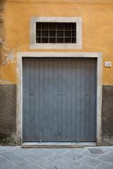 Porta garage grigio, basculante