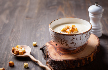 Cauliflower cream soup