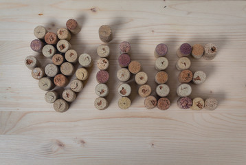 Text design of wine corks