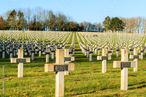 Tuinposter Begraafplaats cemetery of French soldiers from World War 1 in Targette