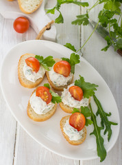 canapes with cheese and venetables