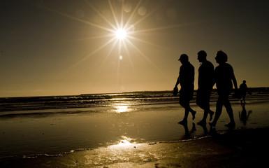 playa siluetas