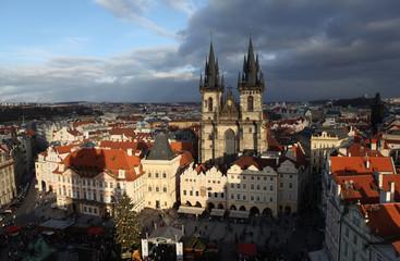 Староместская площадь с видом на Тынский храм. Прага