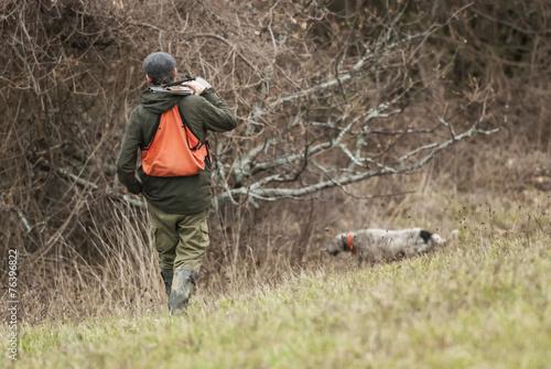 Fotobehang Jacht cacciatore con cane