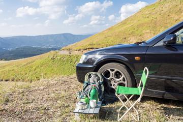 キャンプ用品と車