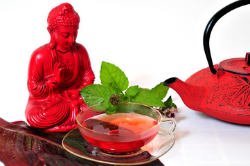 Buddha und Kräuter Tee