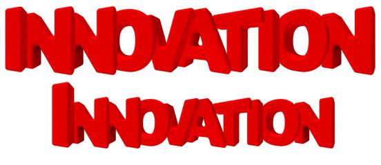 Innovation innovazione parola 3d rossa, isolata su fondo bianco