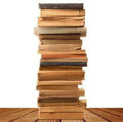 pila di libri su base di legno