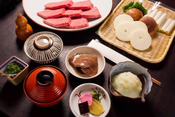松坂牛 ステーキ 食べ物