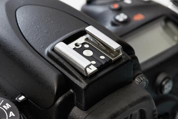 Hot shoe for DSLR camera