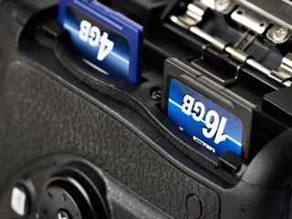 Two SD flash card in camera