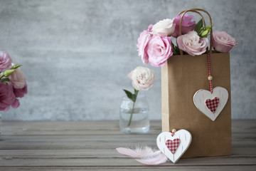 Love Vintage Still life background with roses and hearts
