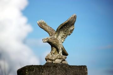 Steinadler - Skulptur