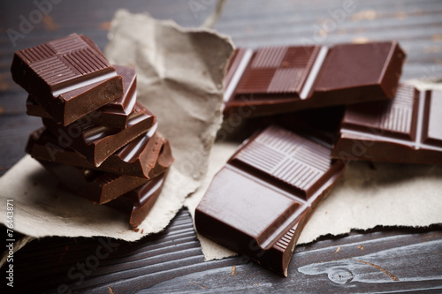 In de dag Dessert Chocolate with rustic paper