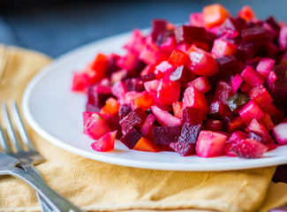 vegetable salad, vinaigrette and bread plate glinanoy
