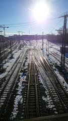 Bahngleise im Gegenlicht