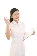 笑顔の看護士
