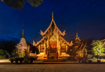 Wat Chedi Luang temple at sunset, Chiang Mai, Thailand
