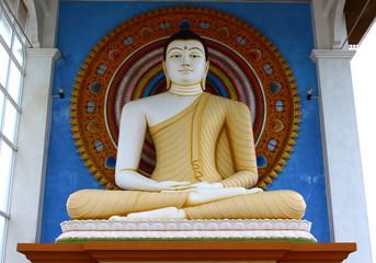 Статуя Будды. район Унаватуна