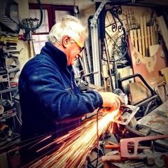 Professional mechanic welder at work!