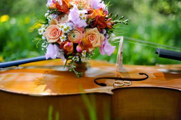 eheringe auf cello