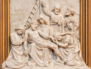Vienna - Jesus is taken down from the cross relief
