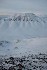 Berg und Tal auf Spitzbergen