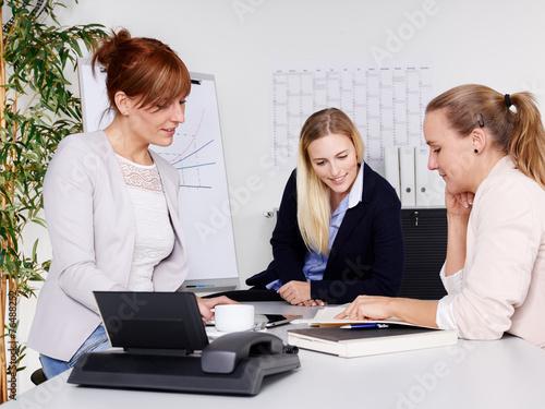 Teamwork - 76488252