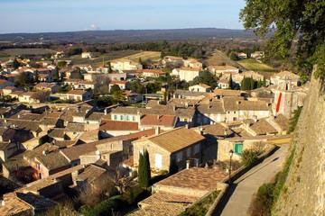 Coucher de soleil sur le village de Grignan, Drôme