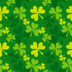 Green shamrock seamless pattern