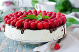 Cheesecake with raspberry and chocolate