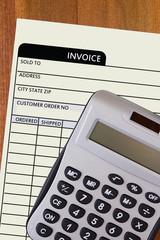Iinvoice with a calculator