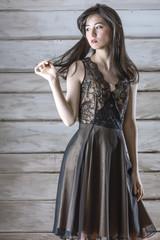 ファッション雑誌の女性モデル